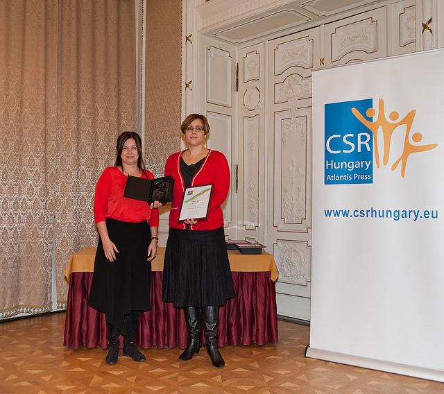 Fülöp Szilvia, a Magyar Reklámszövetség főtitkára és CS. Tóth Marianna (Budapest Bank Zrt.)