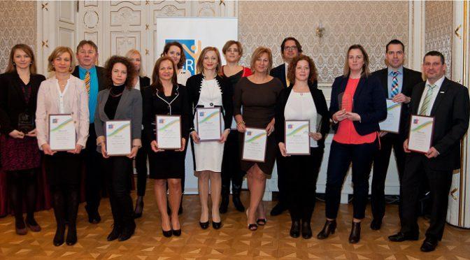A CSR Hungary Díj 2015 védjegyhasználatának jogosultjai